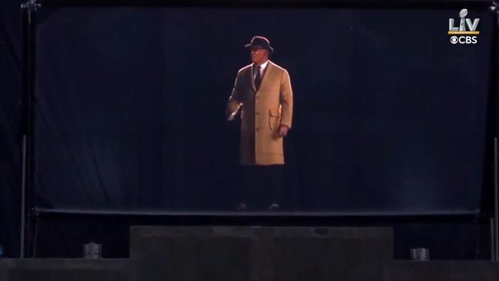 Hologram of Vince Lombardi before Super Bowl LV
