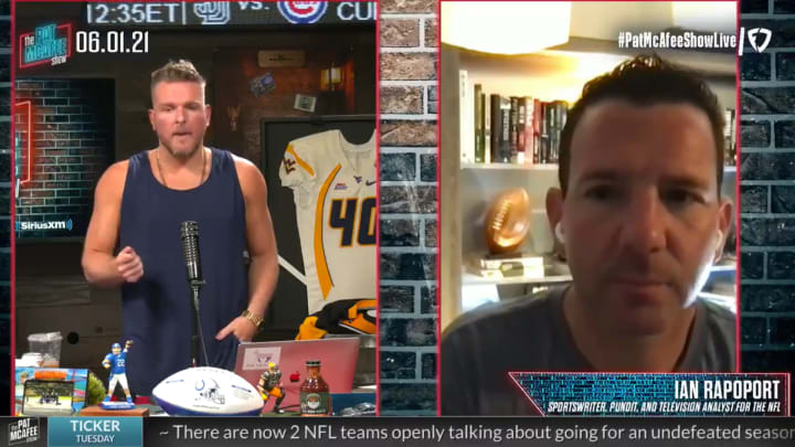 Pat McAfee and Ian Rapoport discuss the Aaron Rodgers situation.