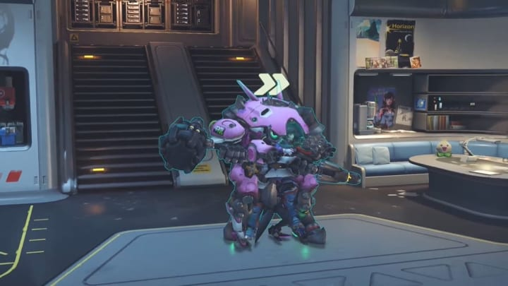 "New Overwatch PTR function ""Attach Player"" creates a horrifying 1 man team."