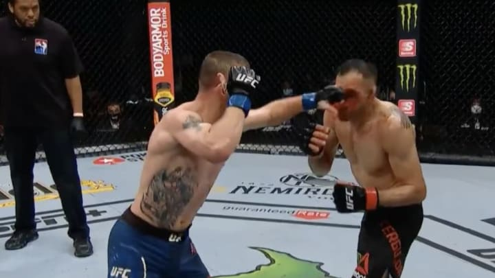 Justin Gaethje batters Tony Ferguson in the main event at UFC 249 for the interim lightweight championship