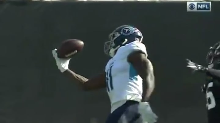AJ Brown with a great one handed catch.