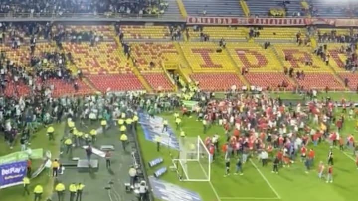 Santa Fe and Nacional fans.