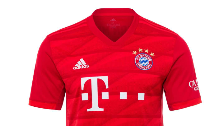 Im Fanshop des FC Bayern gibt es tolle Angebote