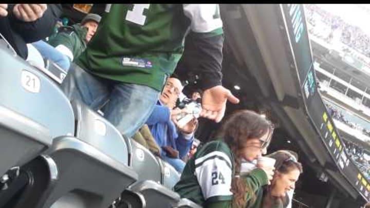 Die hard Jets fan flips out!!!