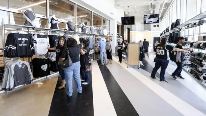 Oct 18, 2015; San Antonio, TX, USA; Fans shop at the San Antonio Spurs store prior to the Spurs