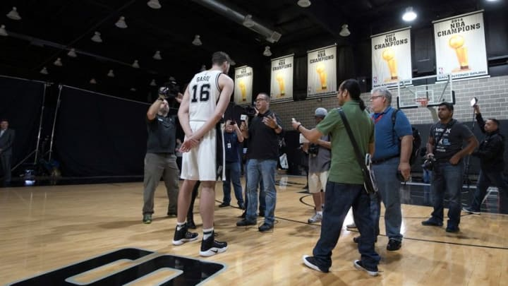 Sep 26, 2016; San Antonio, TX, USA; San Antonio Spurs forward (16) Pau Gasol is interviewed during media day at the Spurs training facility. Mandatory Credit: Soobum Im-USA TODAY Sports