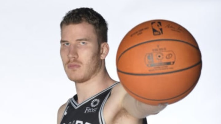 SAN ANTONIO, TX – SEPTEMBER 24: Jakob Poeltl #25 of the San Antonio Spurs poses for a portrait at media day on September 24, 2018 at the AT&T Center in San Antonio, Texas. NOTE TO USER: User expressly acknowledges and agrees that, by downloading and or using this photograph, User is consenting to the terms and conditions of the Getty Images License Agreement. Mandatory Copyright Notice: Copyright 2018 NBAE (Photo by Mark Sobhani/NBAE via Getty Images)