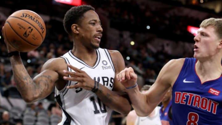 San Antonio Spurs shooting guard DeMar DeRozan (Photo by Edward A. Ornelas/Getty Images)