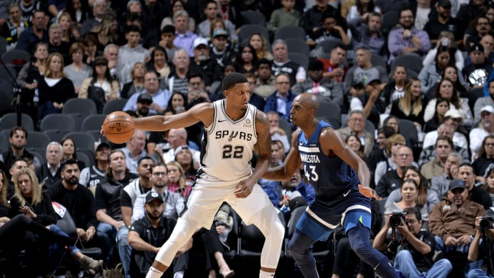 SAN ANTONIO, TX – OCTOBER 17: Rudy Gay #22 of the San Antonio Spurs handles the ball against the Minnesota Timberwolves during a game on October 17, 2018 at the AT&T Center in San Antonio, Texas. NOTE TO USER: User expressly acknowledges and agrees that, by downloading and or using this photograph, user is consenting to the terms and conditions of the Getty Images License Agreement. Mandatory Copyright Notice: Copyright 2018 NBAE (Photos by Mark Sobhani/NBAE via Getty Images)