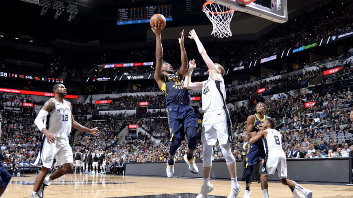 SAN ANTONIO, TX – OCTOBER 24: Thaddeus Young #21 of the Indiana Pacers shoots the ball against the San Antonio Spurs (Photos by Mark Sobhani/NBAE via Getty Images)