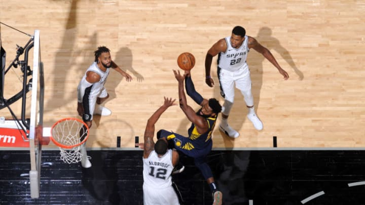 SAN ANTONIO, TX - OCTOBER 24: Tyreke Evans #12 of the Indiana Pacers shoots the ball against the San Antonio Spurs on October 24, 2018 at the AT&T Center in San Antonio, Texas. NOTE TO USER: User expressly acknowledges and agrees that, by downloading and or using this photograph, user is consenting to the terms and conditions of the Getty Images License Agreement. Mandatory Copyright Notice: Copyright 2018 NBAE (Photos by Mark Sobhani/NBAE via Getty Images)
