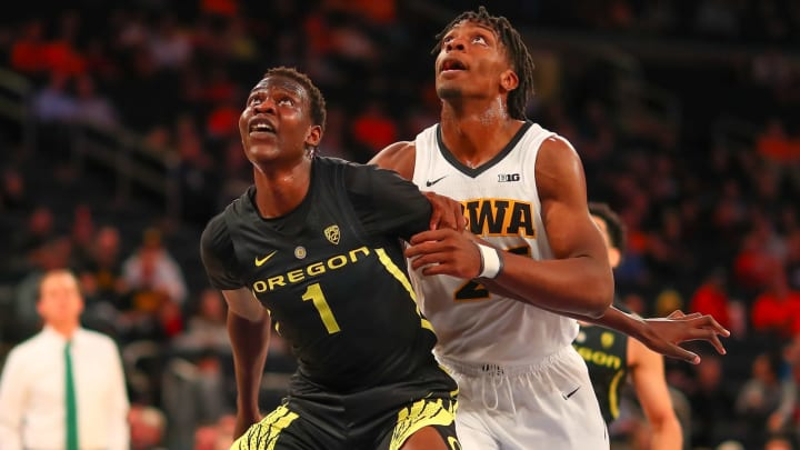 NEW YORK, NY – NOVEMBER 15: Oregon Ducks center Bol Bol (1) during the first half of the College Basketball game between the Oregon Ducks and the Iowa Hawkeyes on November 15, 2018 at Madison Square Garden in New York City, NY. (Photo by Rich Graessle/Icon Sportswire via Getty Images)