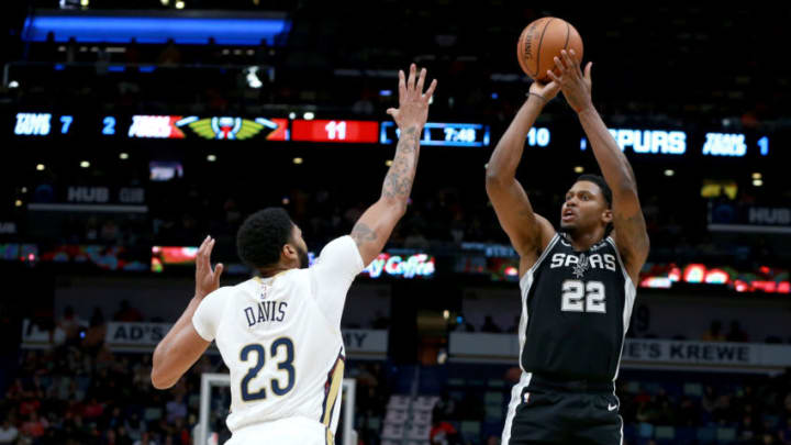 NEW ORLEANS, LOUISIANA - NOVEMBER 19: Rudy Gay #22 of the San Antonio Spurs shoot over Anthony Davis #23 of the New Orleans Pelicans during a game at the Smoothie King Center on November 19, 2018 in New Orleans, Louisiana. (Photo by Sean Gardner/Getty Images)