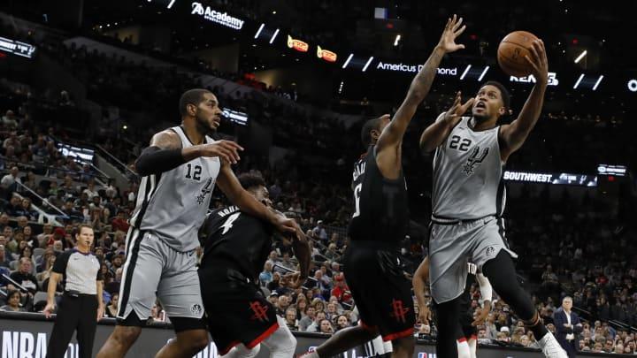 San Antonio Spurs LaMarcus Aldridge Rudy Gay (Photo by Edward A. Ornelas/Getty Images)