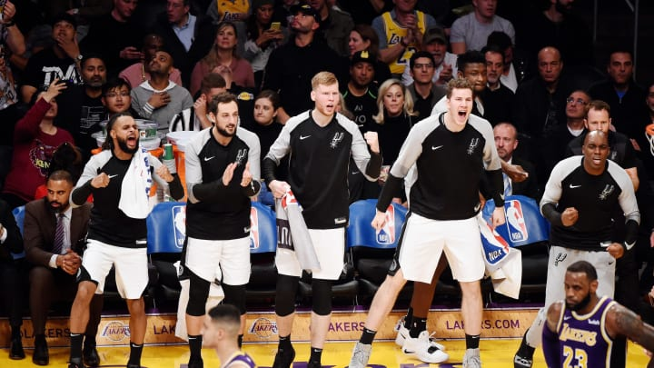 LOS ANGELES, CA – DECEMBER 5: the San Antonio Spurs bench reacts against the Los Angeles Lakers on December 5, 2018 (Photo by Adam Pantozzi/NBAE via Getty Images)