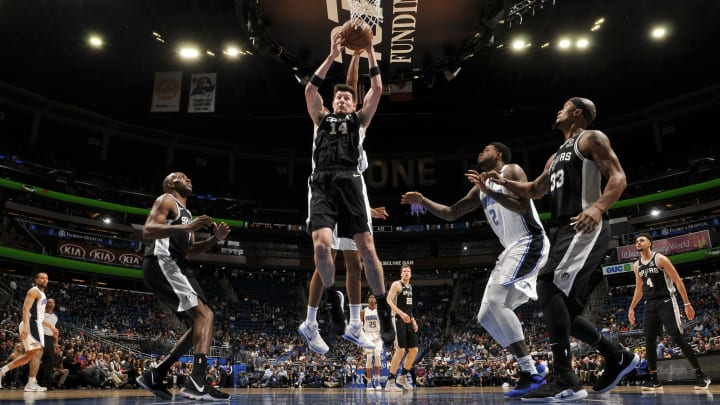 ORLANDO, FL – DECEMBER 19: Drew Eubanks #14 of the San Antonio Spurs rebounds the ball against the Orlando Magic on December 19, 2018 at Amway Center in Orlando, Florida. (Photo by Fernando Medina/NBAE via Getty Images)