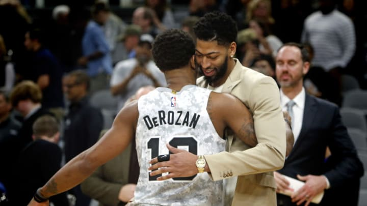 DeMar DeRozan Anthony Davis (Photo by Ronald Cortes/Getty Images)