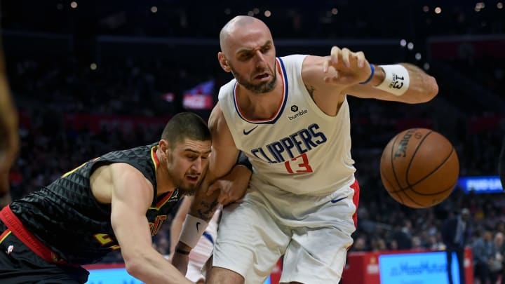 LOS ANGELES, CA – JANUARY 28: The Clippers Marcin Gortat #13 and the Hawks' Alex Len #25 go after a loose ball during their game at the Staples Center in Los Angeles, Monday, Jan 28, 2019.(Hans Gutknecht/MediaNews Group/Los Angeles Daily News via Getty Images)