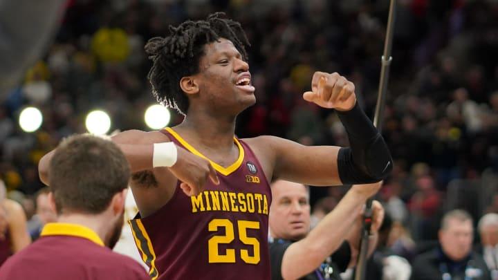 Minnesota Golden Gophers center Daniel Oturu. (Photo by Robin Alam/Icon Sportswire via Getty Images)