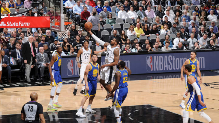 SAN ANTONIO, TX – MARCH 18: LaMarcus Aldridge #12 of the San Antonio Spurs shoots the ball during the game against the Golden State Warriors (Photos by Mark Sobhani/NBAE via Getty Images)