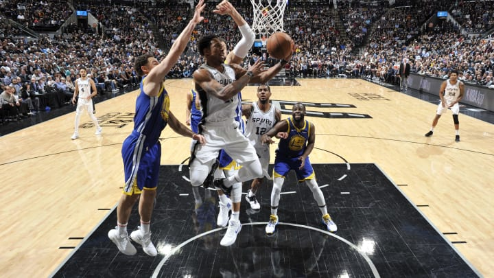 SAN ANTONIO, TX – MARCH 18: DeMar DeRozan #10 of the San Antonio Spurs shoots the ball during the game against the Golden State Warriors (Photos by Mark Sobhani/NBAE via Getty Images)