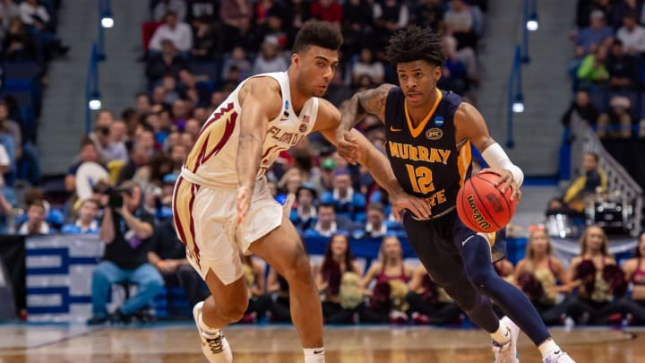 HARTFORD, CT – MARCH 23: Murray State Racers guard Ja Morant (12) drives to the basket during the second half of the NCAA Division I Men's Championship second round college basketball game between the Florida State Seminoles and the Murray State Racers on March 23, 2019 at XL Center in Hartford, CT. (Photo by John Jones/Icon Sportswire via Getty Images)