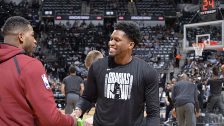 SAN ANTONIO, TX - MARCH 28: Tristan Thompson #13 of the Cleveland Cavaliers and Rudy Gay #22 of the San Antonio Spurs shake hands before the game on March 28, 2018 at the AT&T Center in San Antonio, Texas. NOTE TO USER: User expressly acknowledges and agrees that, by downloading and or using this photograph, user is consenting to the terms and conditions of the Getty Images License Agreement. Mandatory Copyright Notice: Copyright 2018 NBAE (Photos by Mark Sobhani/NBAE via Getty Images)