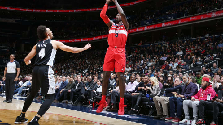 WASHINGTON, DC – APRIL 5: Bobby Portis #5 of the Washington Wizards shoots the ball against the San Antonio Spurs on April 5, 2019 at Capital One Arena in Washington, DC. (Photo by Stephen Gosling/NBAE via Getty Images)