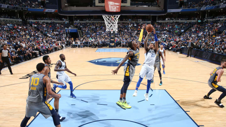 Dallas Mavericks and Memphis Grizzlies. (Photo by Joe Murphy/NBAE via Getty Images)
