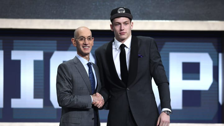 NEW YORK, NEW YORK – JUNE 20: Luka Samanic poses with NBA Commissioner Adam Silver after being drafted with the 19th overall pick by the San Antonio Spurs during the 2019 NBA Draft at the Barclays Center on June 20, 2019 in the Brooklyn borough of New York City. (Photo by Sarah Stier/Getty Images)