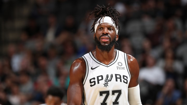 SAN ANTONIO, TX – OCTOBER 13: DeMarre Carroll #77 of the San Antonio Spurs looks on against the New Orleans Pelicans during a pre-season game on October 13, 2019 (Photos by Joe Murphy/NBAE via Getty Images)