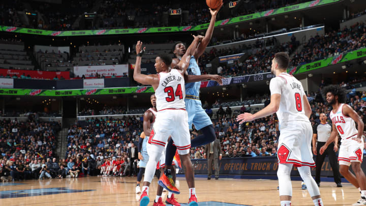 MEMPHIS, TN – OCTOBER 25: Jaren Jackson Jr. #13 of the Memphis Grizzlies shoots the ball against Wendell Carter Jr. #34 of the Chicago Bulls on Oct. 25, 2019 at FedExForum in Memphis (Photo by Joe Murphy/NBAE via Getty Images)