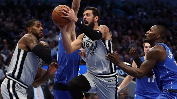 DALLAS, TEXAS – NOVEMBER 18: Marco Belinelli #18 of the San Antonio Spurs takes a shot against the Dallas Mavericks in the first half at American Airlines Center (Photo by Ronald Martinez/Getty Images)