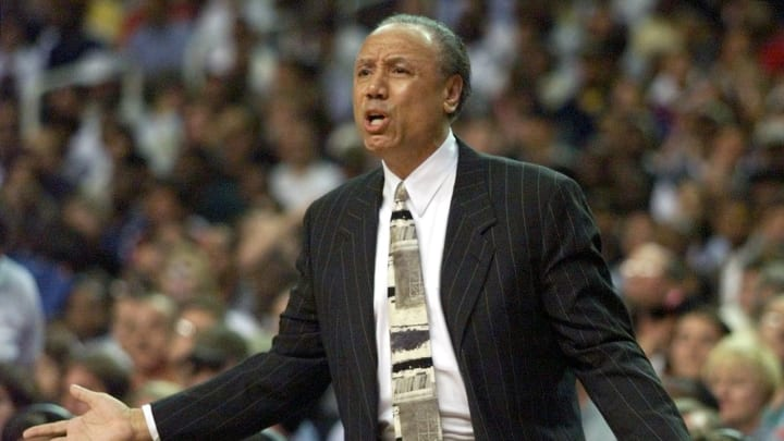 Atlanta Hawks Head Coach Lenny Wilkens pleads his case with officials 18 May 1999, during game one of his team's NBA Eastern Conference semi-finals game against the New York Knicks (Photo by JEFF HAYNES/AFP via Getty Images)