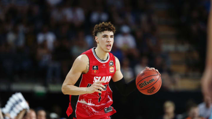 AUCKLAND, NEW ZEALAND - NOVEMBER 30: LaMelo Ball of the Hawks in action during the round 9 NBL match between the New Zealand Breakers and the Illawarra Hawks at Spark Arena on November 30, 2019 in Auckland, New Zealand. (Photo by Anthony Au-Yeung/Getty Images)