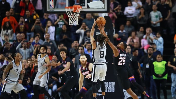 MEXICO CITY, MEXICO – DECEMBER 14: Patty Mills #8 of the San Antonio Spurs scores during a game against the Phoenix Suns at Arena Ciudad de Mexico on December 14, 2019. (Photo by Hector Vivas/Getty Images)