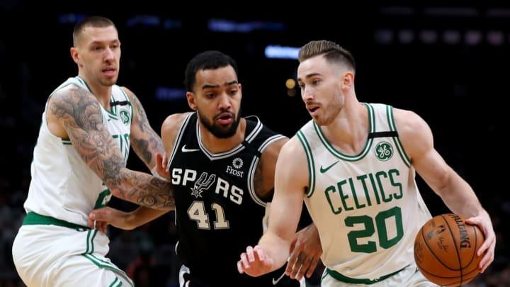 BOSTON, MASSACHUSETTS – JANUARY 08: Trey Lyles #41 of the San Antonio Spurs defends Gordon Hayward #20 of the Boston Celtics at TD Garden on January 08, 2020 (Photo by Maddie Meyer/Getty Images)