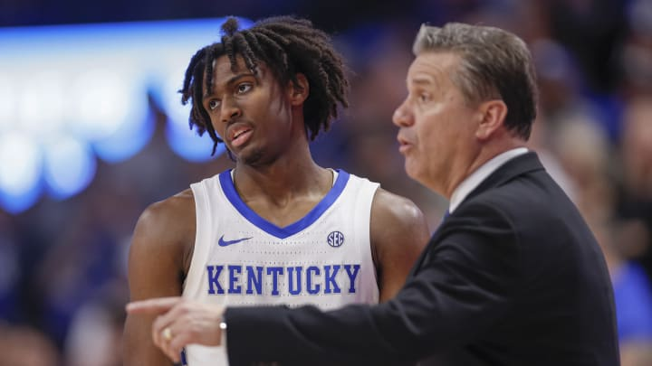 LEXINGTON, KY – FEBRUARY 04: NBA Draft prospect Tyrese Maxey #3 listens to head coach John Calipari of the Kentucky Wildcats against the Mississippi State Bulldogs at Rupp Arena. (Photo by Michael Hickey/Getty Images)