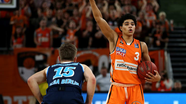ULM, GERMANY – FEBRUARY 11: (BILD ZEITUNG OUT) Martin Hermannsson of Alba Berlin and NBA Draft prospect Killian Hayes of Ratiopharm Ulm battle for the ball. (Photo by Harry Langer/DeFodi Images via Getty Images)