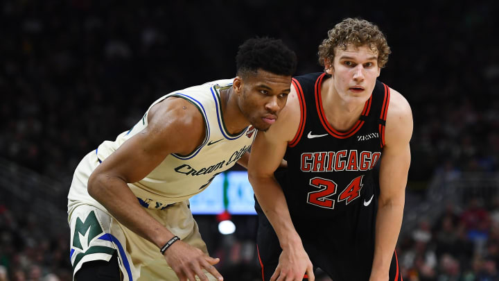 MILWAUKEE, WISCONSIN – JANUARY 20: Giannis Antetokounmpo #34 of the Milwaukee Bucks works against Lauri Markkanen #24 of the Chicago Bulls at Fiserv Forum on January 20, 2020 (Photo by Stacy Revere/Getty Images)