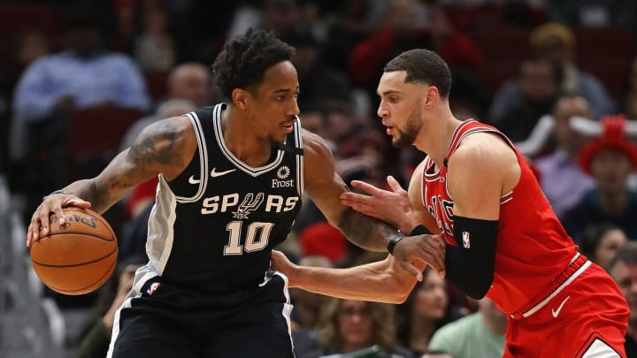 CHICAGO, ILLINOIS – JANUARY 27: DeMar DeRozan #10 of the San Antonio Spurs moves against Zach LaVine #8 of the Chicago Bulls at the United Center on January 27, 2020 (Photo by Jonathan Daniel/Getty Images)