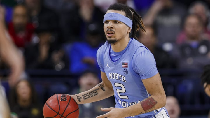 SOUTH BEND, IN – FEBRUARY 17: NBA Draft prospect Cole Anthony #2 of the North Carolina Tar Heels brings the ball up court during the game vs. the Notre Dame Fighting Irish at Purcell Pavilion. (Photo by Michael Hickey/Getty Images)