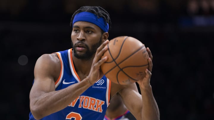 PHILADELPHIA, PA – FEBRUARY 27: Maurice Harkless #3 of the New York Knicks controls the ball against the Philadelphia 76ers at the Wells Fargo Center (Photo by Mitchell Leff/Getty Images)