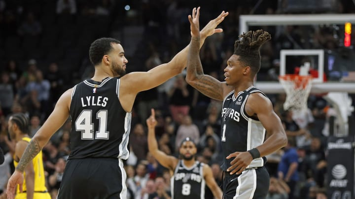 SAN ANTONIO, TX – MARCH 02: Trey Lyles #41 of the San Antonio Spurs congratulates Lonnie Walker #1 after hitting a three against the Indiana Pacers during first half action at AT&T Center (Photo by Ronald Cortes/Getty Images)