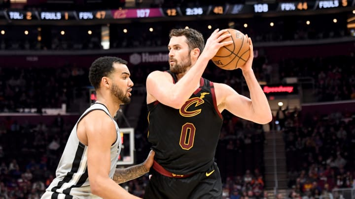 CLEVELAND, OHIO – MARCH 08: Kevin Love #0 of the Cleveland Cavaliers looks for a pass while under pressure from Trey Lyles #41 of the San Antonio Spurs at Rocket Mortgage Fieldhouse (Photo by Jason Miller/Getty Images)