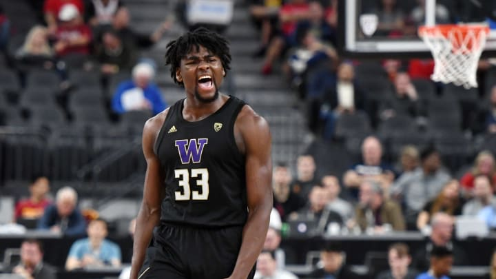LAS VEGAS, NEVADA – MARCH 11: NBA Draft prospect Isaiah Stewart #33 of the Washington Huskies against the Arizona Wildcats during the Pac-12 men's tournament at T-Mobile Arena. (Photo by Ethan Miller/Getty Images)