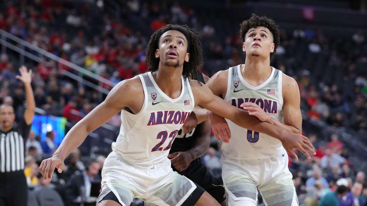 LAS VEGAS, NEVADA – MARCH 11: Zeke Nnaji #22 and Josh Green #0 of the Arizona Wildcats defended the rebound against Isaiah Stewart #33 of the Washington Huskies. (Photo by Leon Bennett/Getty Images)