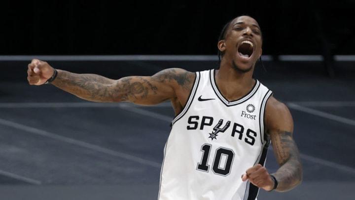 San Antonio Spurs DeMar DeRozan (Photo by Tom Pennington/Getty Images)