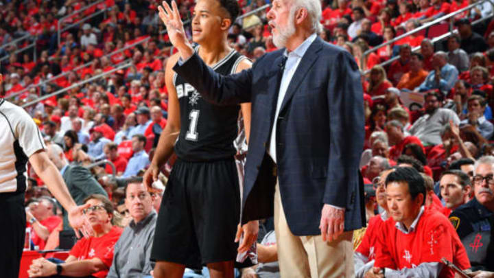 HOUSTON, TX – MAY 11: Gregg Popovich of the San Antonio Spurs talks with Kyle Anderson