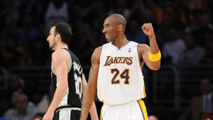LOS ANGELES, CA – JANUARY 25: Kobe Bryant #24 of the Los Angeles Lakers celebrates during the game against the San Antonio Spurs (Photo by Lisa Blumenfeld/Getty Images)